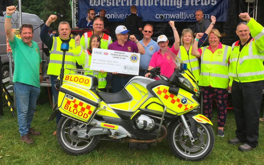 Newquay Towan Blystra Lions donate £1,000 to Cornwall Blood Bikes